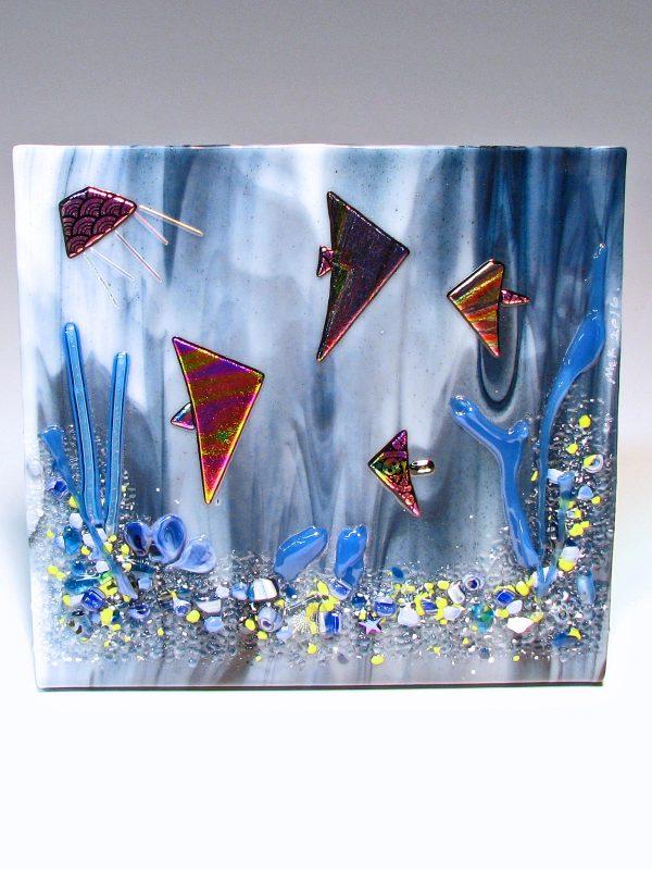 http://snowflakeglass.com/wp-content/uploads/2016/06/free-standing-fish-3-600x800.jpg